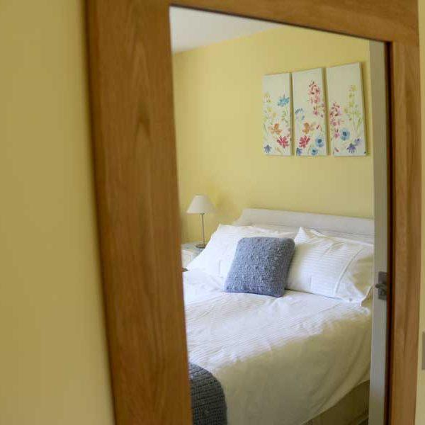 Bedroom 1, Mirror