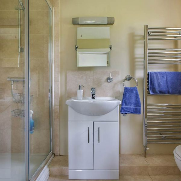 Kingsize Bedroom Ensuite