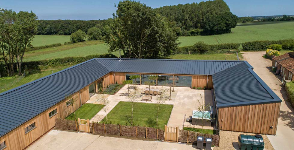 The Pig House, Bringingham, Sleeps 8/10